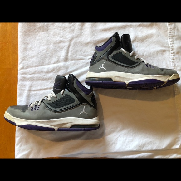 uk availability 974e8 896ef Jordan Other - Men s Air Jordan Flight 23 RST sneakers